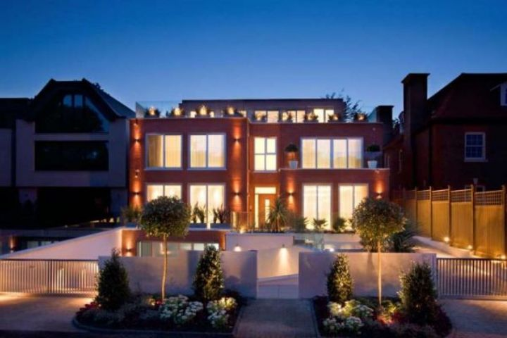 Automated lighted in Hampstead home