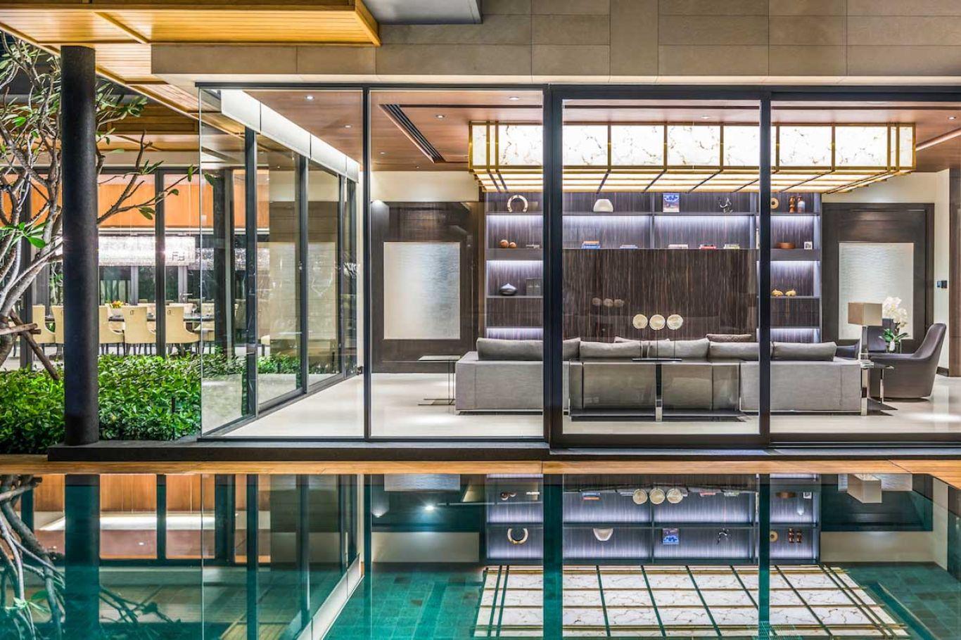 Smart pool controls